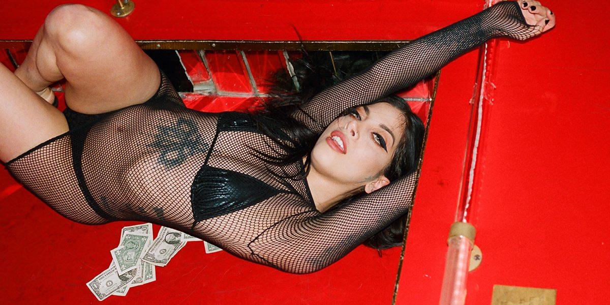 Portfolio : Elizabeth Waterman : Dark Angels